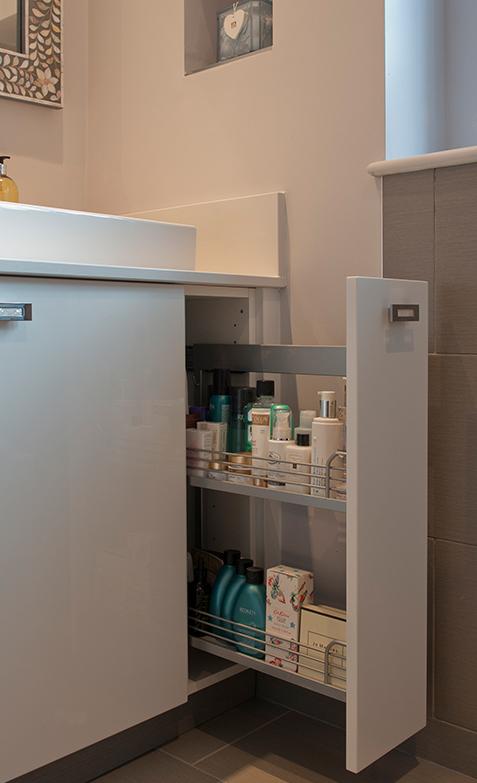Bathroom storage understink