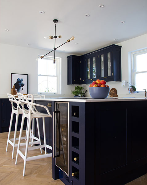 modern lighting over kitchen island